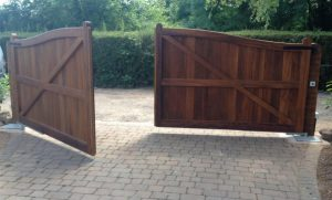TPS Gates & Doors Ltd - wooden gates, metal gates, electric gates