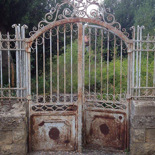 Broken Gate - TPS Electric Gates
