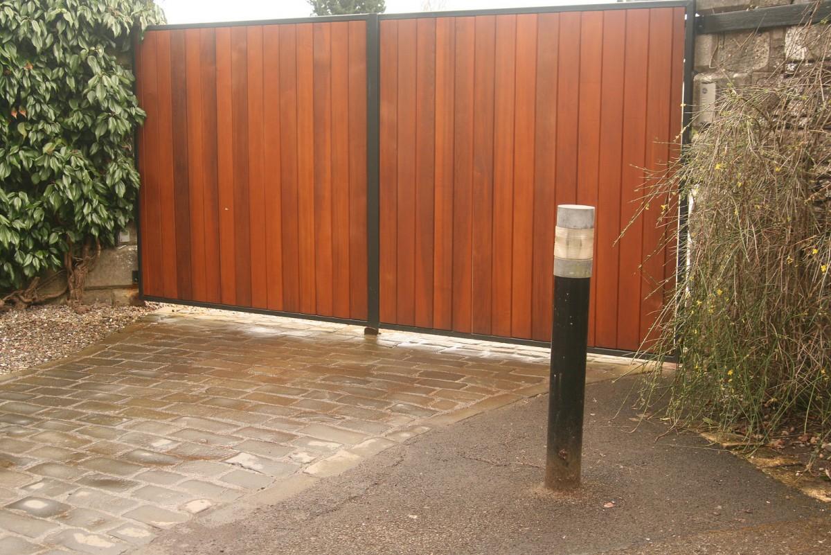 Wooden gate - TPS Electric Gates