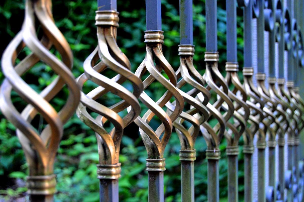 Iron gate - TPS Electric Gates