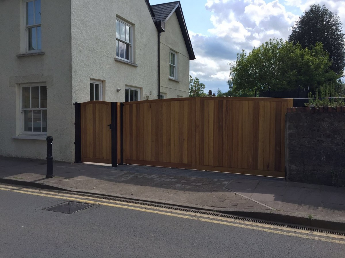 Wooden Gates 43 - TPS Electric Gates
