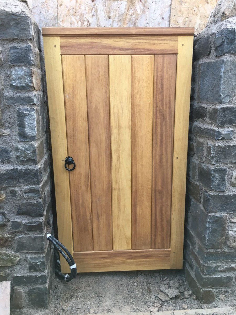 Wooden Gates 12 | TPS Electric Gates