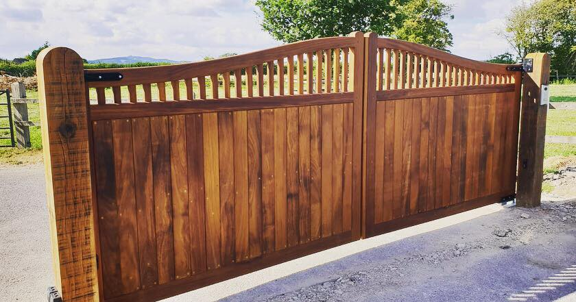 Wooden Gates 11 | TPS Electric Gates