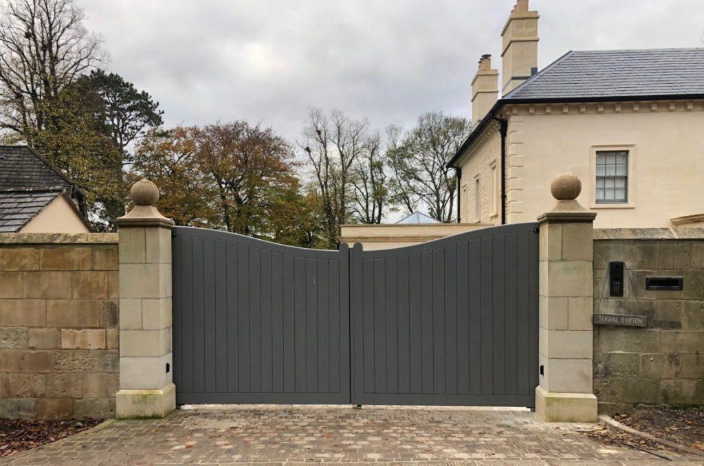 Wooden Gates 8 | TPS Electric Gates