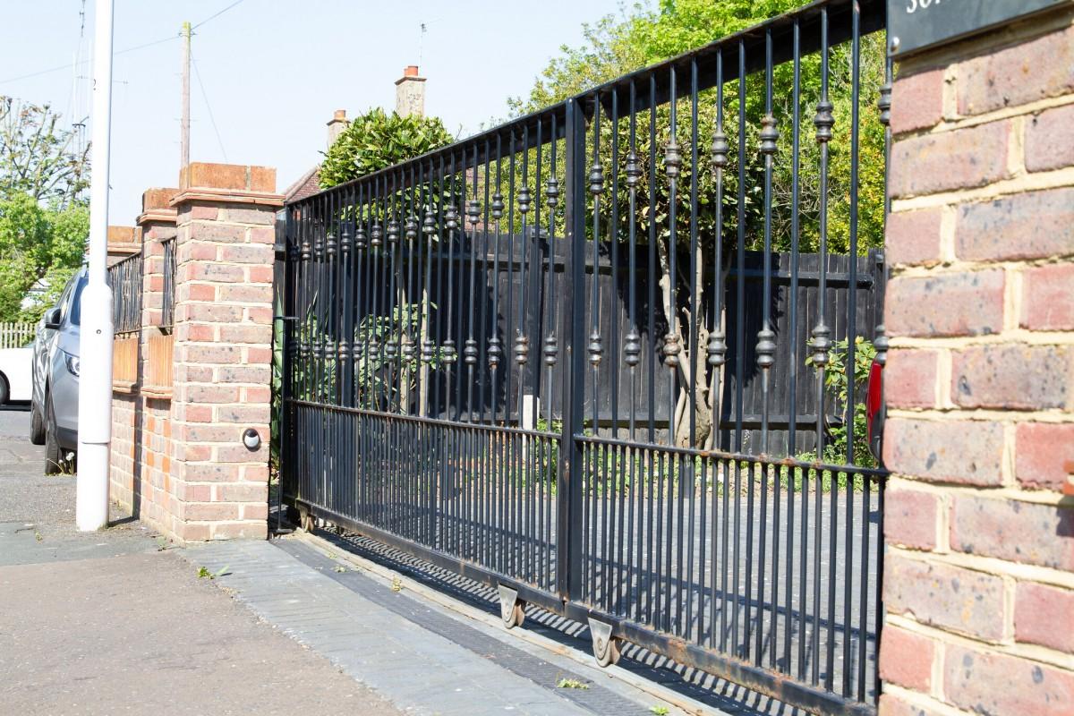 TPS Electric Gates
